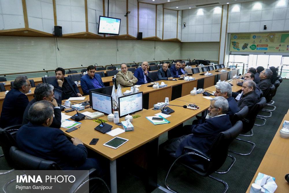نشست شورای مشورتی توسعه پایدار استان اصفهان