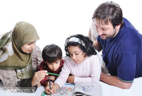 ارتباط بین نسلی از خانواده به جامعه انعکاس پیدا میکند