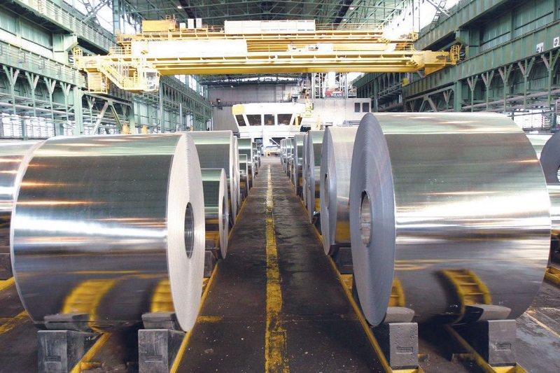 فولاد مبارکه برای بومی سازی کل فرایند تولید تلاش میکند