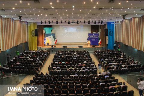 آیین تکریم و معارفه سرپرست شهرداری منطقه ۷ شیراز برگزار شد