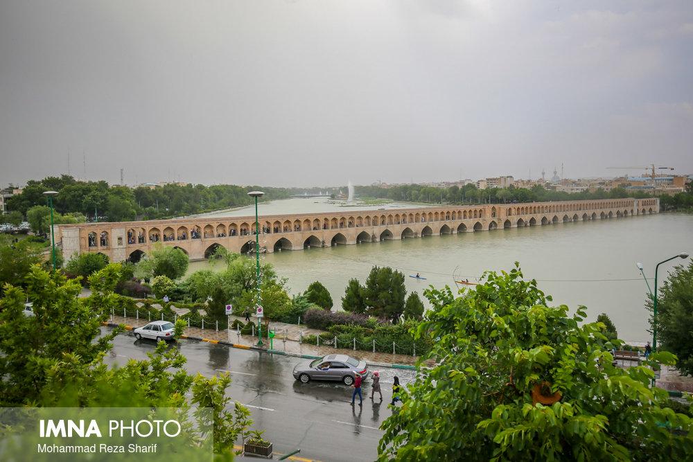 افزایش دما و بارش های خفیف در برخی مناطق استان اصفهان