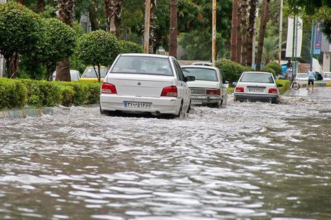 عملیات عمرانی دفع آبهای سطحی میدان همافر یزد پایان یافت