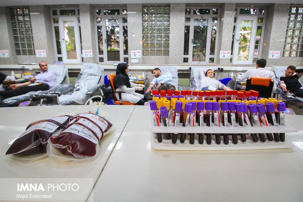 کاهش ۳۰ درصدی اهداکنندگان خون