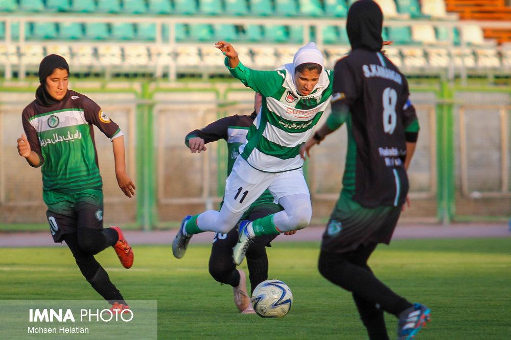 سرمربی و کادر فنی تیم فوتبال بانوان ذوب آهن مشخص شدند