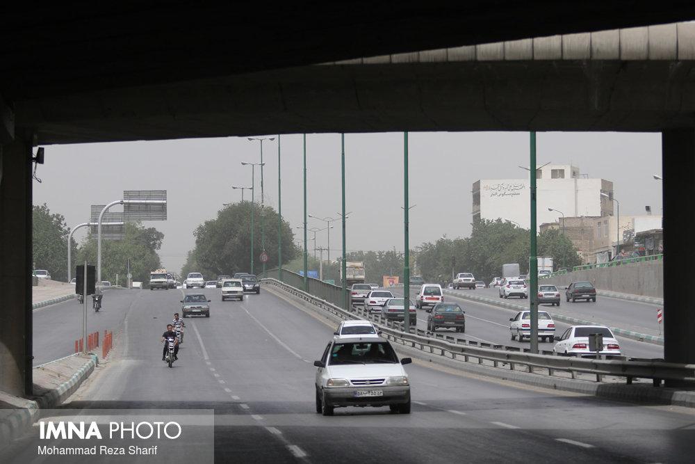 شرق اصفهان غبار آلود میشود