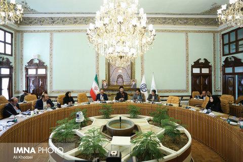 نبود فضای اشتراکی ضربه سنگینی به گردشگری اصفهان زده است