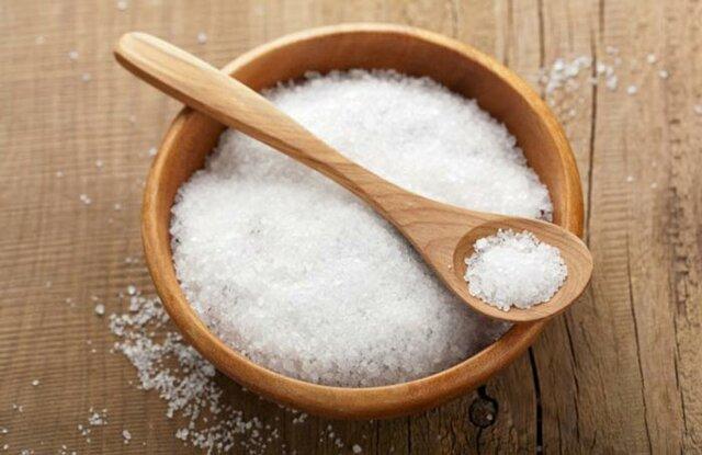 چگونه نمک کمتری مصرف کنیم؟