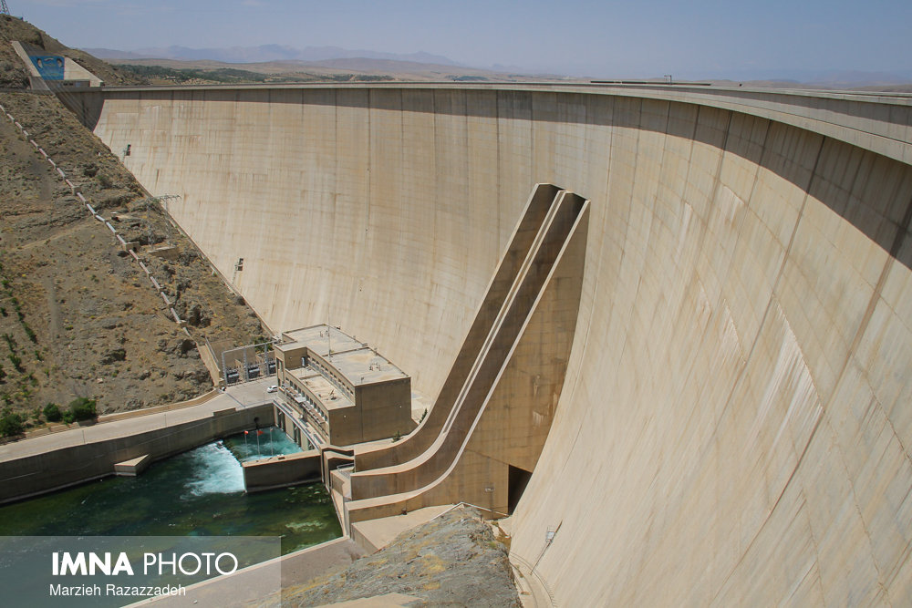 افزایش خروجی سد زاینده رود برای کشت تابستانه اصفهان از ۱۱ تیر