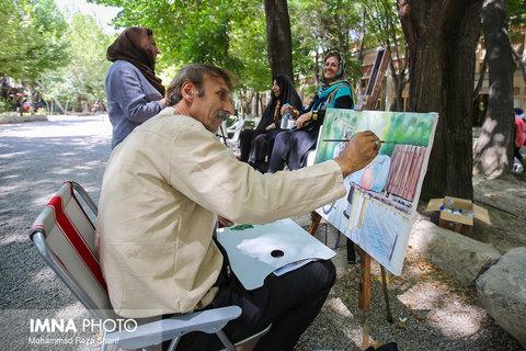 حضور هنرمندان نقاش در چهارباغ
