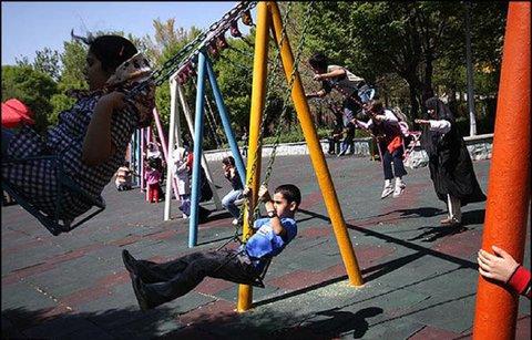 رویکردهای اداره شهر متناسب با استانداردهای شهر دوستدار کودک باشد