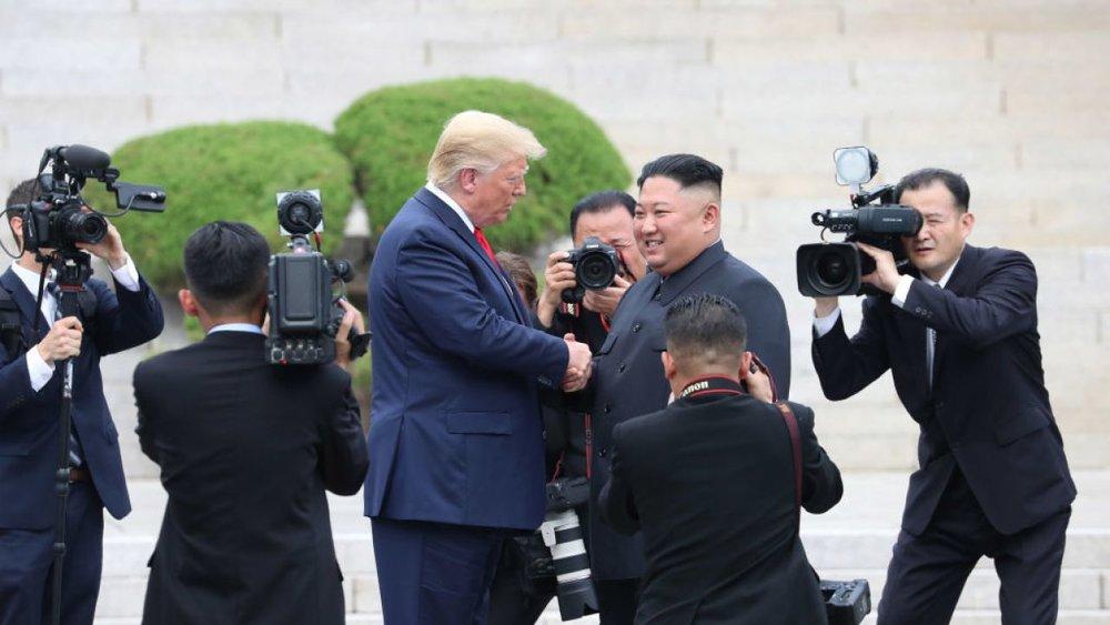 امیدی: مذاکره به معنی تسلیم شدن نیست
