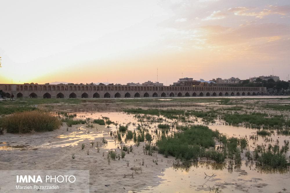 Isfahan demands its riparian rights