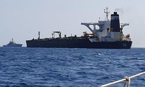 نفتکش ایرانی گریس ۱ رفع توقیف شد