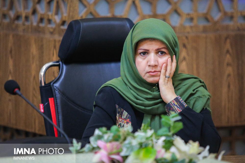 """""""محله عمودی"""" در اصفهان کلید خورد"""