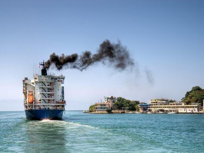 عملکرد موفقیتآمیز صنعت کشتیرانی در کاهش گازهای گلخانهای