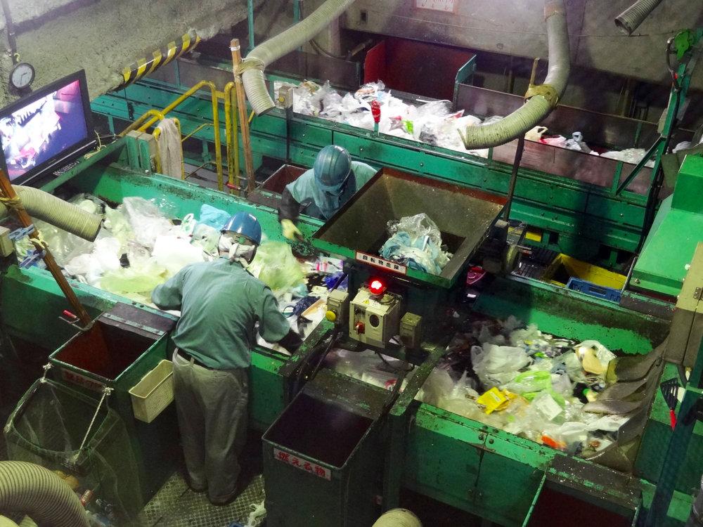 خامفروشی ۹۰ درصد از پسماند شهری سمنان