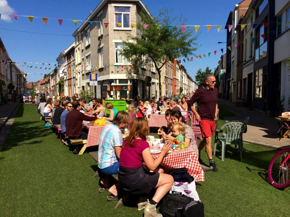 ۱۶ خیابان در یک شهر به فضای عمومی تبدیل شد!