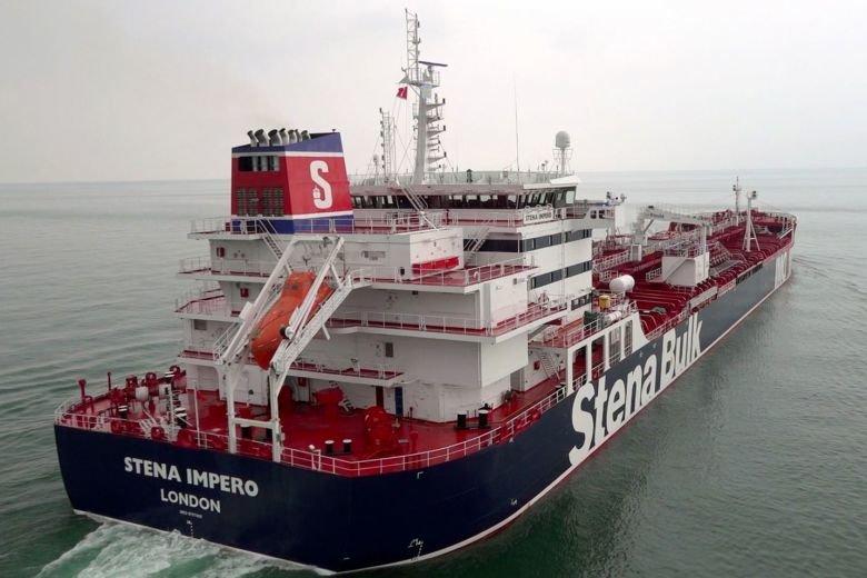 نفتکشهای ایرانی و انگلیسی به خانه میرسند؟