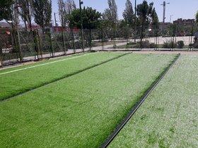 پیشرفت ۸۰ درصدی زمین چمن مصنوعی شیرین سو