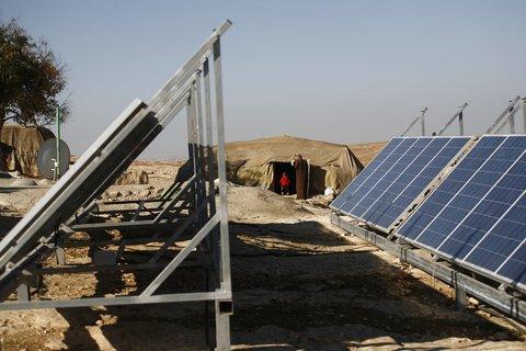 ۲۷ نیروگاه تولید انرژی خورشیدی اصفهان با تمام ظرفیت فعال است