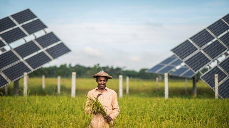 نقش انرژی خورشیدی در مقابله با فقر