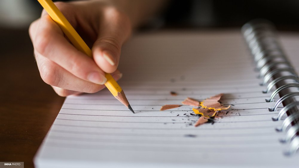 نویسندهای که برای نویسندگان نگران است