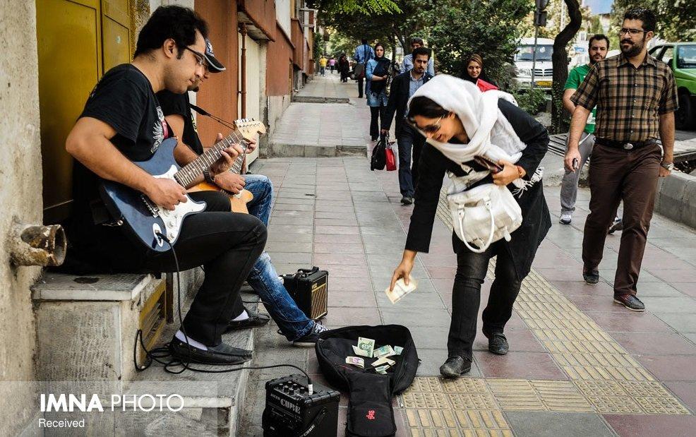 موسیقی خیابانی گدایی مدرن نیست