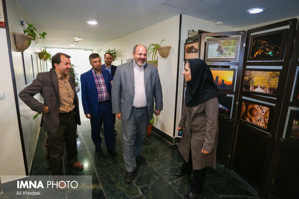 بازدید مدیرعامل سازمان پسماند و مدیر منطقه ۱۱ شهرداری اصفهان از ایمنا