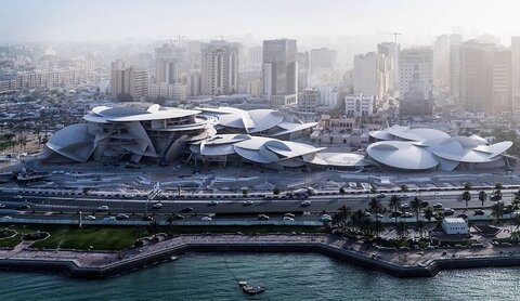 خودنمایی رُز قطری در خلیج فارس