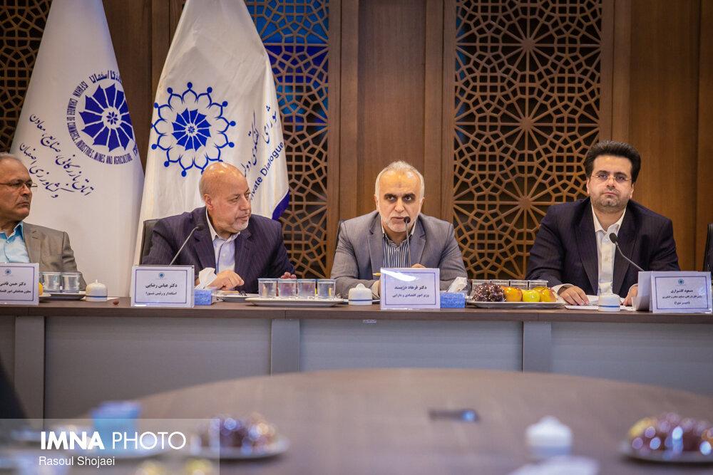 قرارداد دوجانبه پولی، مبادلات ایران و ارمنستان را تسهیل میکند