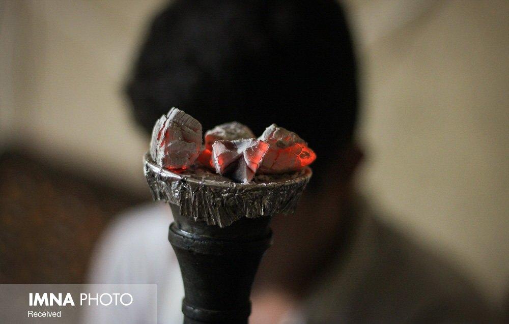 تنباکوی میوه ای حرام است