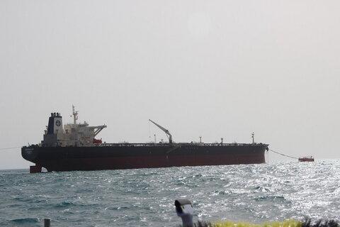 اصابت موشک باعث انفجار نفتکش ایرانی شد