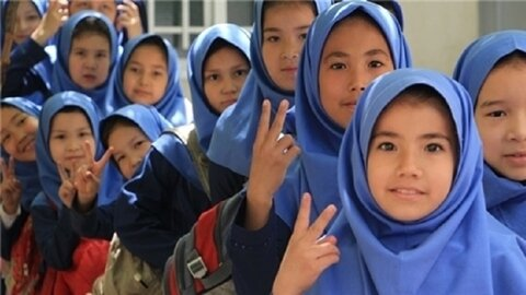 UNICEF welcomes Iran's step towards protection of stateless people rights