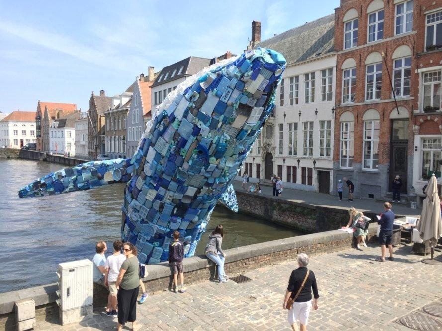 مجسمه وال با پنج تن پلاستیک بازیافتی ساخته شد!