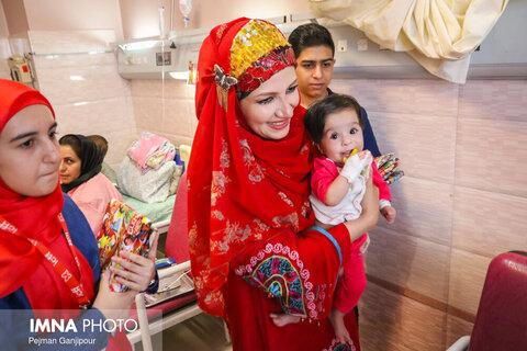 کاروان شادی جشنواره در بیمارستان کودکان امام حسین