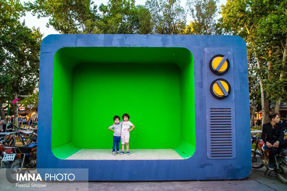 تولیدات سینمایی برای کودک پیگیری شود
