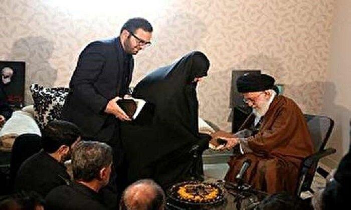 اعطای نشان درجه یک «فتح» به خانواده شهید همدانی