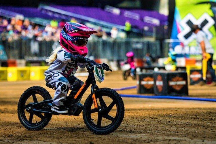 دوچرخه برقی؛ تکنولوژی ویژه کودک