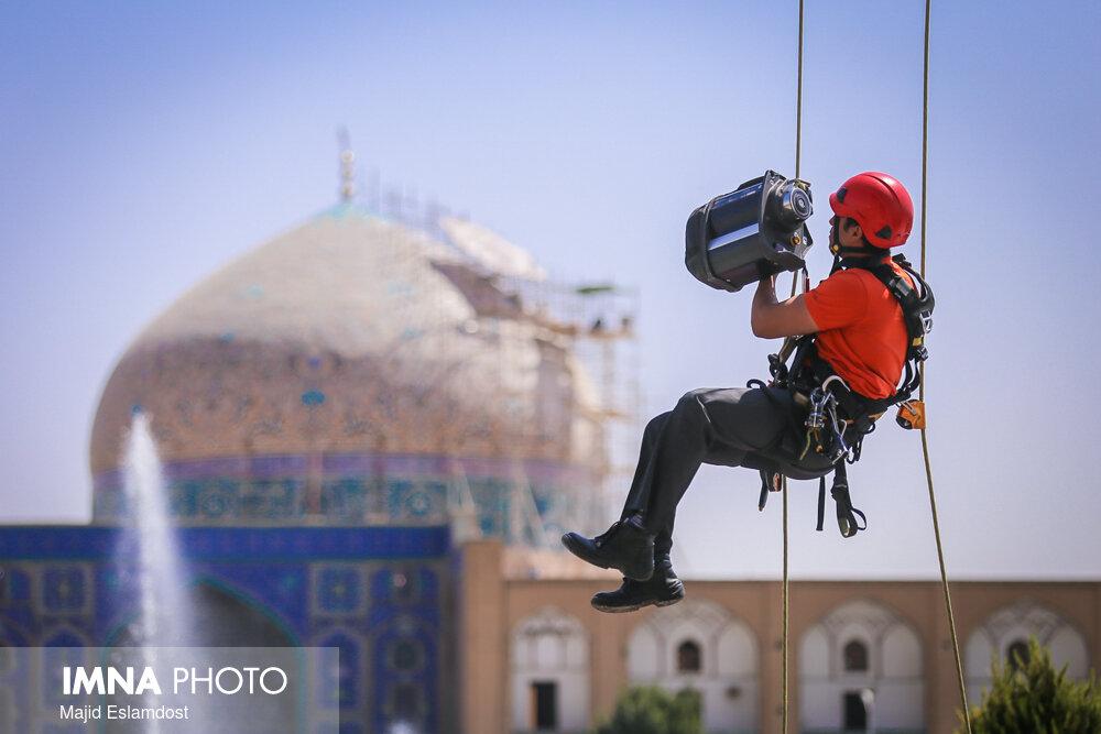 درخواست آتشنشانان اصفهان تا چه اندازه منطبق بر قانون است؟