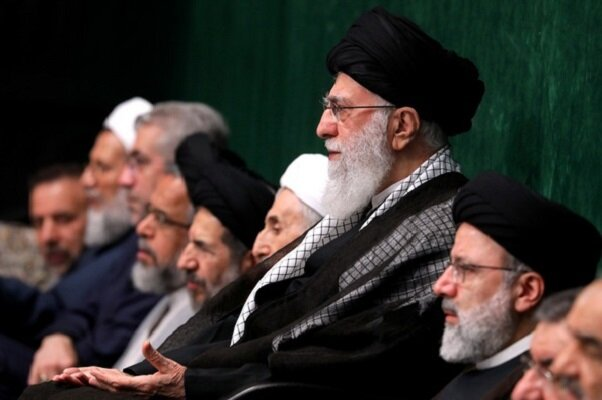 اولین شب از مراسم عزاداری سیدالشهداء(ع) در حسینیه امام خمینی