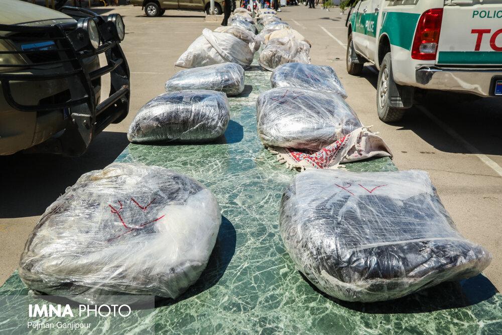 کشف ۳۸۷ کیلوگرم مواد مخدر در نجف آباد در سال ۹۸