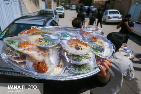 مراسم تاسوعای حسینی در روستای اراضی اصفهان
