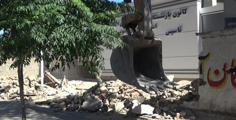 آزادسازی یک واحد مسکونی برای تعریض شبکه ۱۶ متری شهید رافضی کاشان