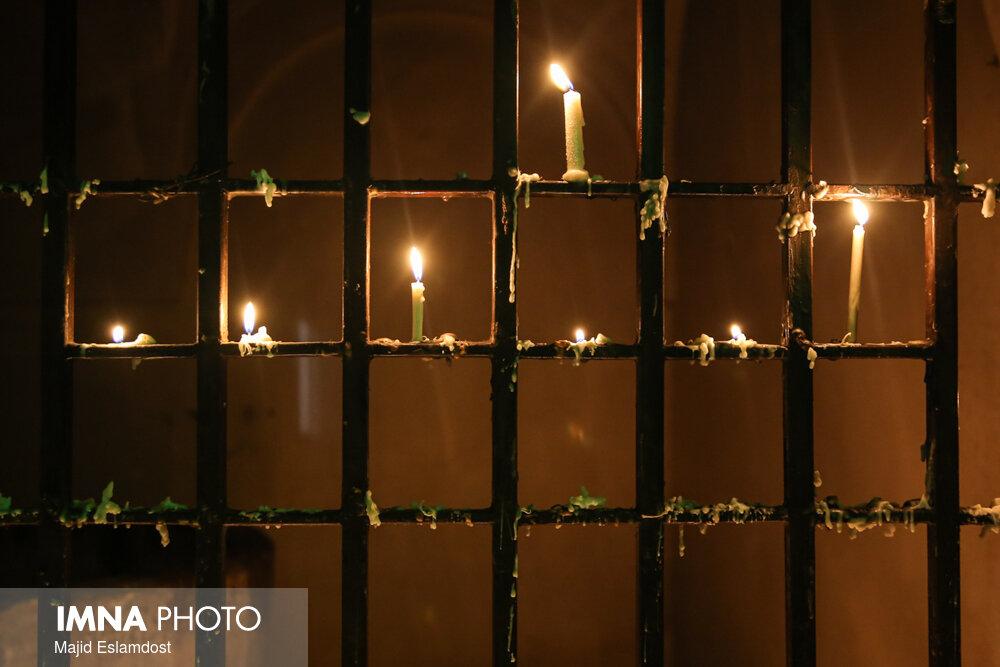 شام غریبان ۱۴۰۰ + اعمال، معنی، آداب و فلسفه شمع روشن کردن