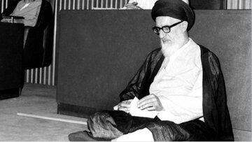 آیت الله طالقانی اولین امام جمعه تهران + عکس