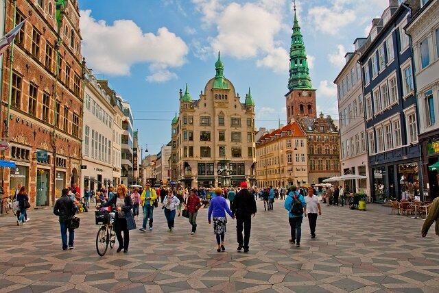 ترویج پیاده محوری در بهترین شهرهای جهان