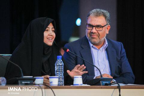 زهرا سعیدی، نماینده مردم مبارکه در مجلس شورای اسلامی