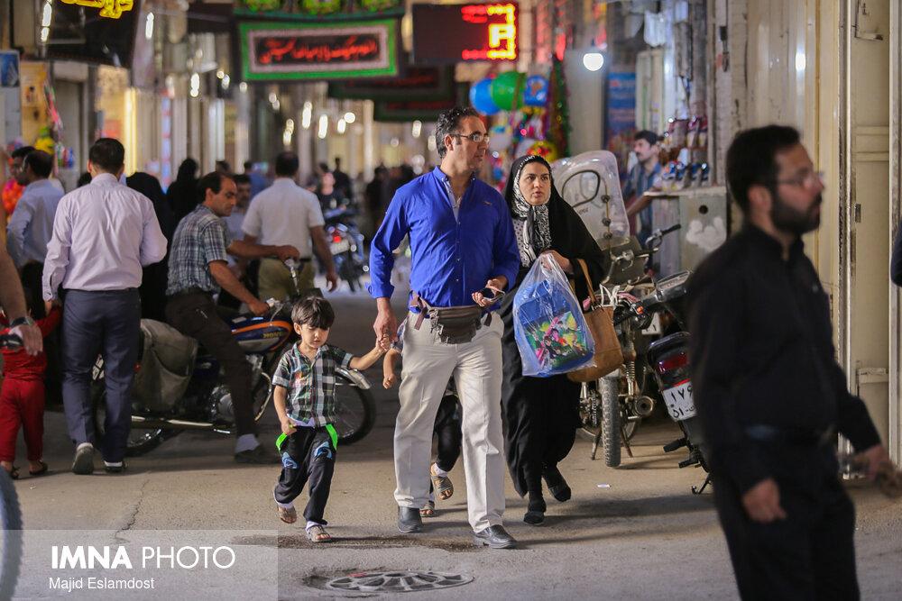 رعایت پروتکلهای بهداشتی در بازار اصفهان رصد شود