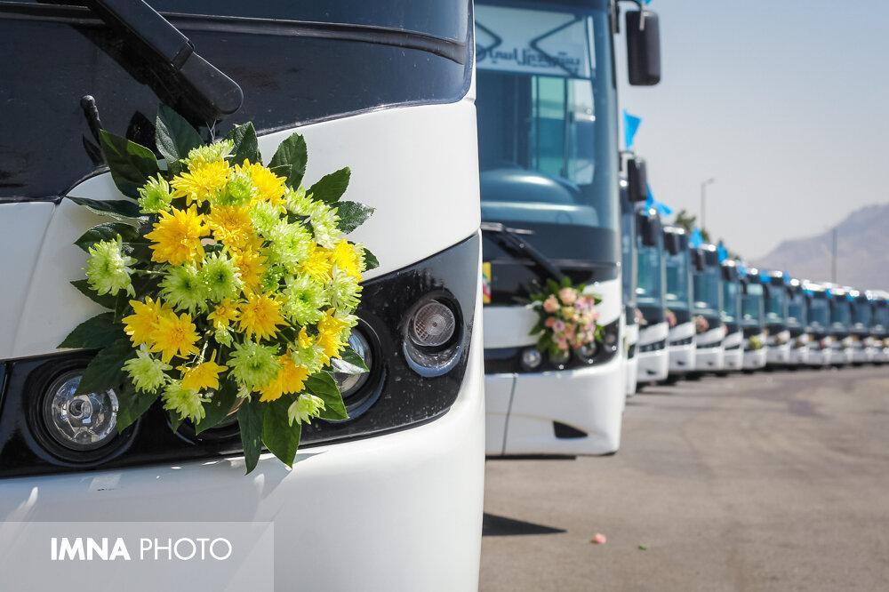 عمر ناوگان اتوبوسرانی اصفهان یک سال کاهش مییابد