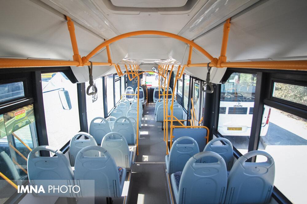 اجرای طرح فاصله گذاری اجتماعی در ناوگان اتوبوسرانی ارومیه